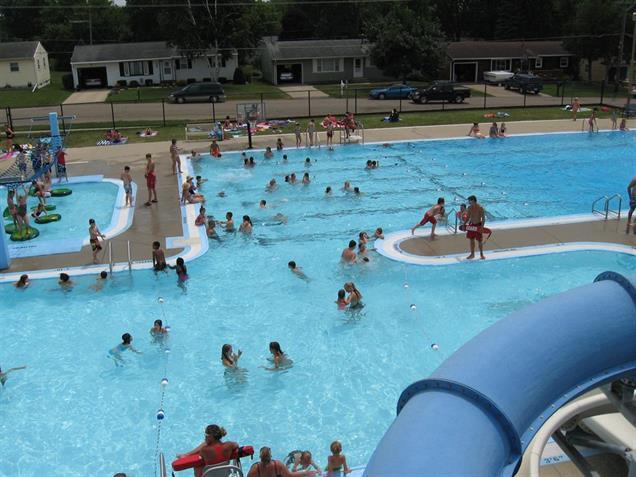 aquatic center dewitt parks recreation